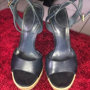 Tory Burch heel used condition size 7M navy color